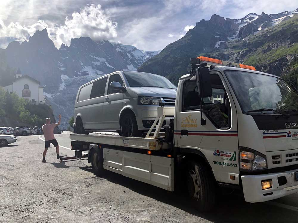 Van rescue in Italian Alps