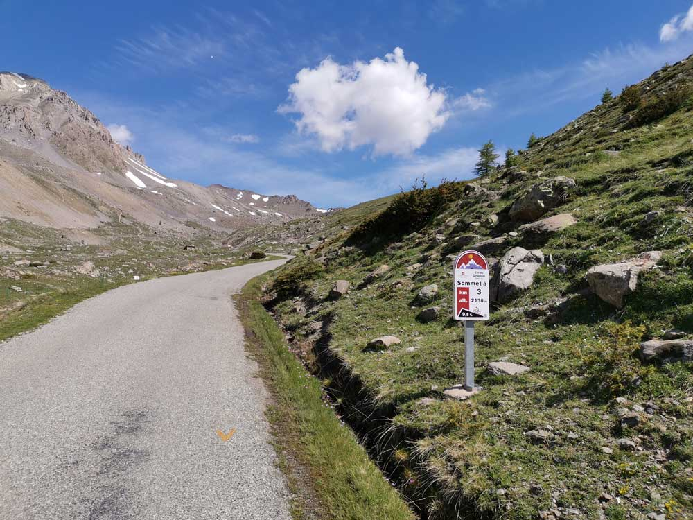 Col de Granon Gradient and the 3km profile sign