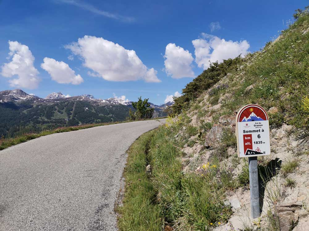 The Col de Granon climb and and 6km profile sign